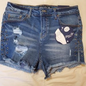 Fashion Nova laceup shorts
